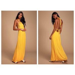Lulu's Pleated Maxi Dress